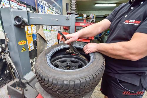 Монтаж и демонтаж на гуми